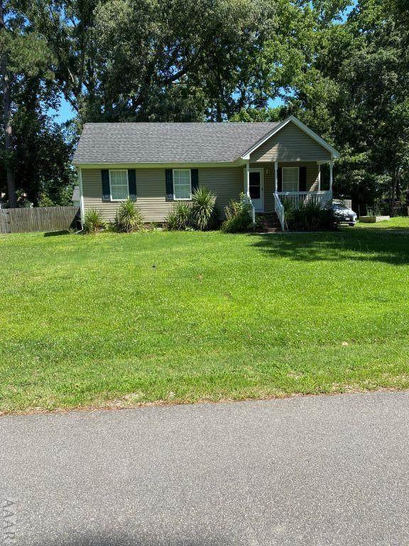 104 Halstead Drive, Moyock, NC 27958 (#104505) :: The Kris Weaver Real Estate Team