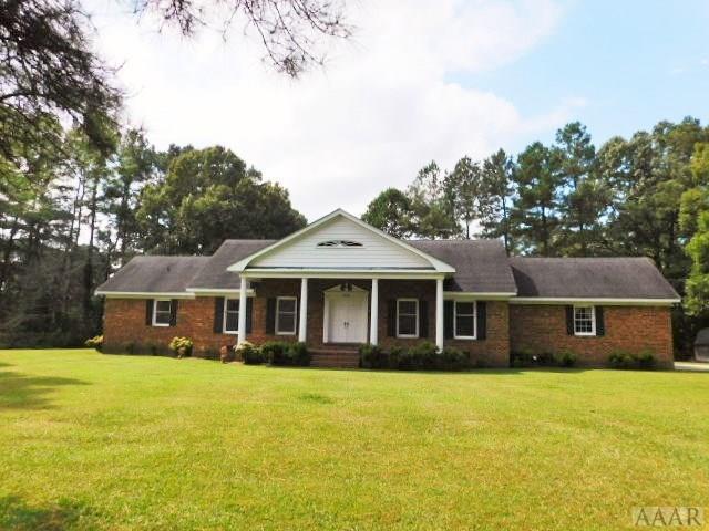 404 Pineview Drive, Elizabeth City, NC 27909 (MLS #88081) :: Chantel Ray Real Estate