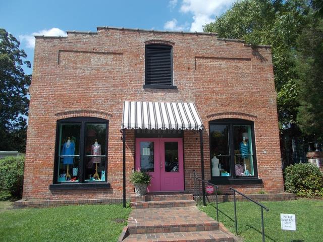112 Water Street W, Edenton, NC 27932 (MLS #89883) :: Chantel Ray Real Estate