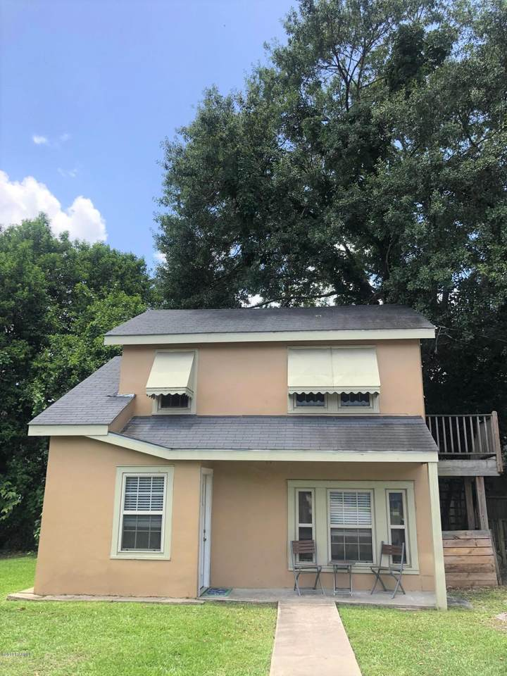 1501 St Mary Boulevard - Photo 1