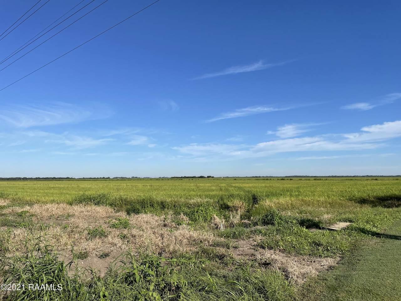 La Highway 335 - Photo 1