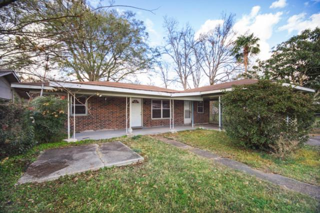 704 Cecile Boulevard, Breaux Bridge, LA 70517 (MLS #17000605) :: Keaty Real Estate