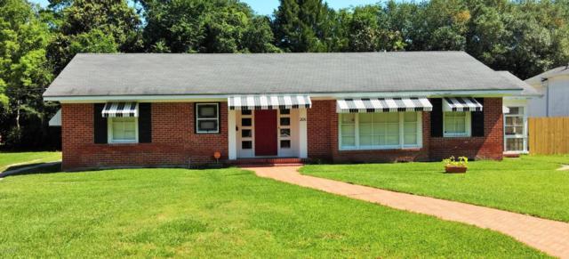 206 W Oak, Abbeville, LA 70510 (MLS #17007063) :: Keaty Real Estate