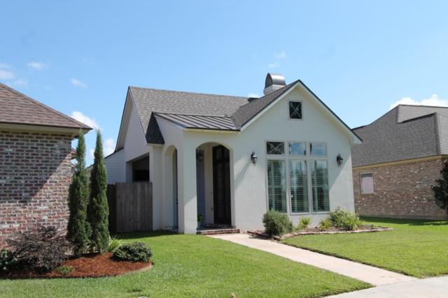 305 S Montauban Drive, Lafayette, LA 70507 (MLS #17009649) :: Keaty Real Estate