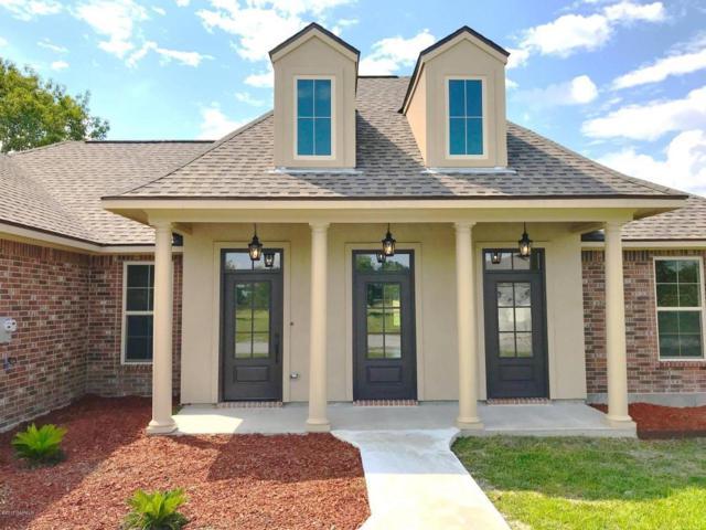 708 Hummingbird Lane, New Iberia, LA 70560 (MLS #17009778) :: Keaty Real Estate