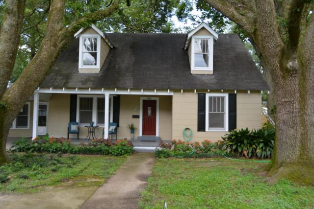 826 St Thomas, Lafayette, LA 70506 (MLS #17010210) :: Keaty Real Estate