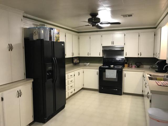 904 Cedar Street, Mamou, LA 70554 (MLS #18001386) :: Keaty Real Estate