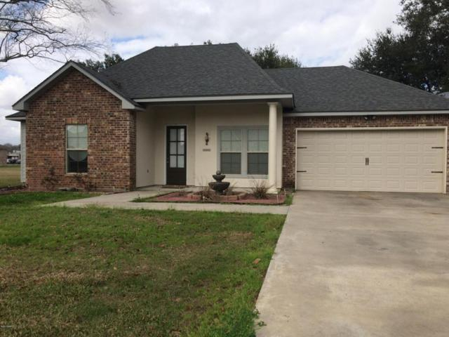 1587 E Bridge Street, Breaux Bridge, LA 70517 (MLS #18001563) :: Keaty Real Estate