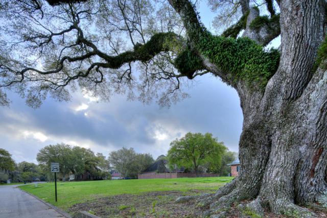 11 Duperier Oaks Drive, New Iberia, LA 70563 (MLS #18001929) :: Keaty Real Estate