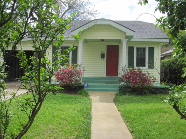 317 Cedar Crest Court, Lafayette, LA 70501 (MLS #18002074) :: Keaty Real Estate