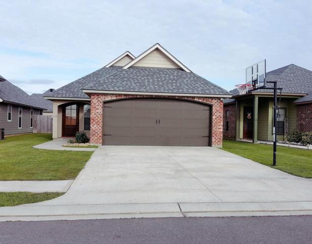 112 Meadowhollow Drive, Youngsville, LA 70592 (MLS #18002554) :: Keaty Real Estate