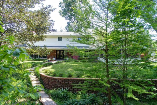 805 Woodvale Avenue, Lafayette, LA 70503 (MLS #18003660) :: Keaty Real Estate