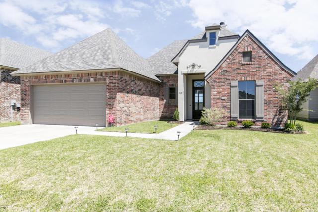 210 Meadow Gate Drive, Lafayette, LA 70508 (MLS #18003724) :: Keaty Real Estate