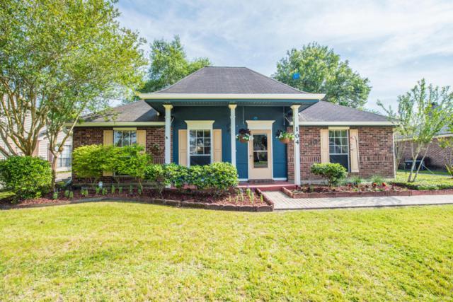 104 E Weeks Drive, Youngsville, LA 70592 (MLS #18004382) :: Keaty Real Estate