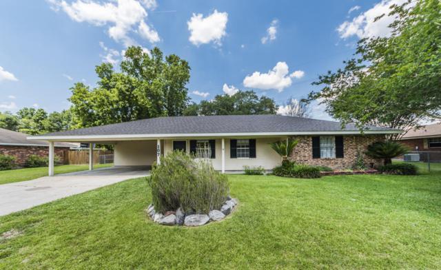 107 E Bayou Shore Street, Lafayette, LA 70508 (MLS #18004665) :: Keaty Real Estate