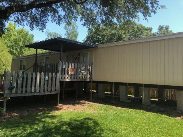 1062 Evangeline Street, Breaux Bridge, LA 70517 (MLS #18006072) :: Keaty Real Estate