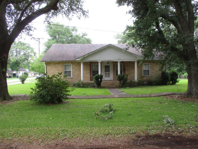 400 N Hebert Avenue, Kaplan, LA 70548 (MLS #18006598) :: Keaty Real Estate