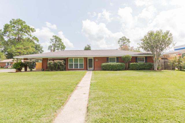 207 S Poydras Street, Breaux Bridge, LA 70517 (MLS #18008445) :: Keaty Real Estate