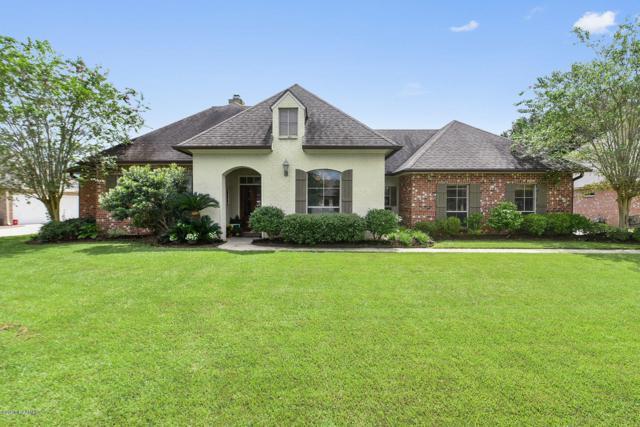 317 Gaslight Lane, Youngsville, LA 70592 (MLS #18009454) :: Keaty Real Estate