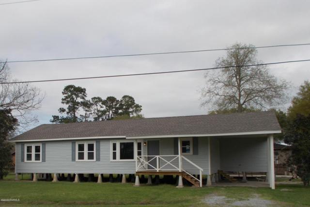 109 E Valcourt, Abbeville, LA 70510 (MLS #18010497) :: Cachet Real Estate