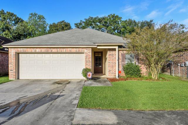 138 Country Garden Lane, Lafayette, LA 70507 (MLS #18010893) :: Cachet Real Estate