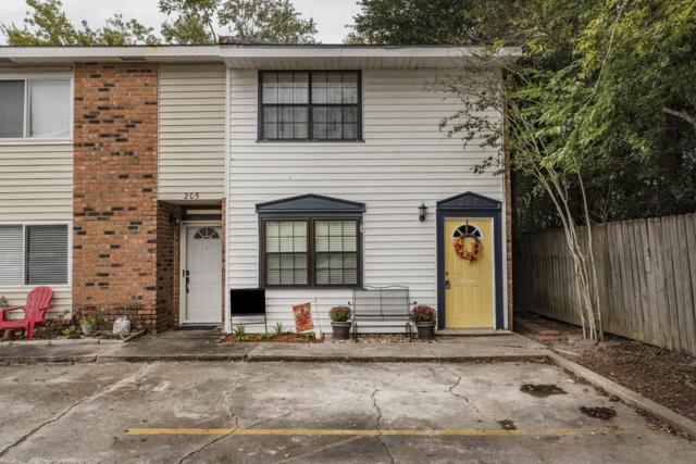 207 Southfield Parkway, Lafayette, LA 70506 (MLS #18011051) :: Red Door Team | Keller Williams Realty Acadiana