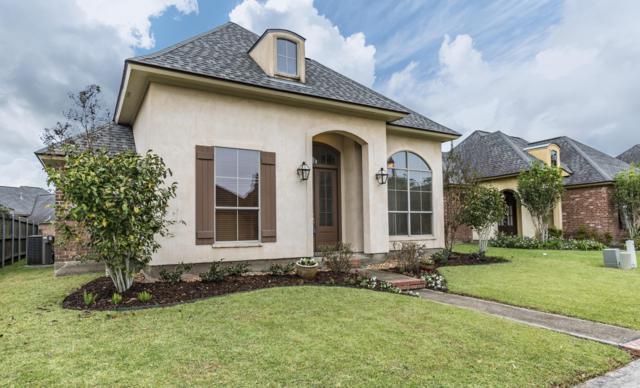 208 St. Martinique Lane, Lafayette, LA 70508 (MLS #18011555) :: Keaty Real Estate