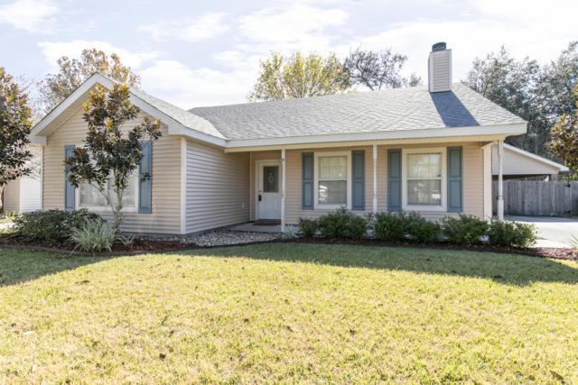 118 Briar Green Drive, Youngsville, LA 70592 (MLS #18012091) :: Keaty Real Estate