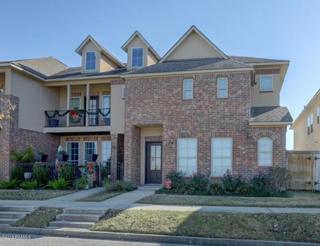 104 Stonehurst Drive, Youngsville, LA 70592 (MLS #18012389) :: Keaty Real Estate