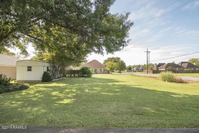 101 Village Green Drive, Youngsville, LA 70592 (MLS #19002814) :: Keaty Real Estate