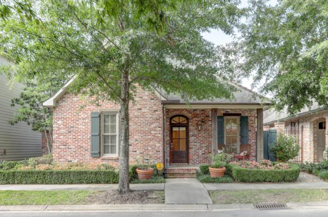 121 Woodsboro Drive, Lafayette, LA 70508 (MLS #19005281) :: Keaty Real Estate