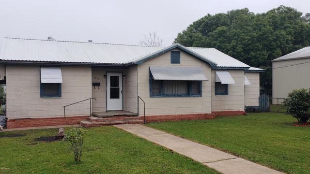 2734 Allain Street, Jeanerette, LA 70544 (MLS #19006434) :: Keaty Real Estate