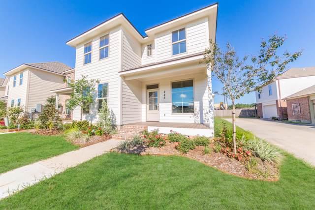 225 Harbor Bend Boulevard, Lafayette, LA 70508 (MLS #19009346) :: Keaty Real Estate