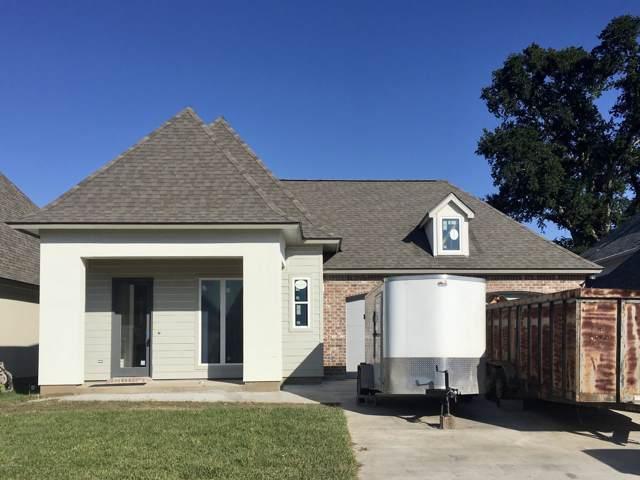 211 Cypress View Drive, Youngsville, LA 70592 (MLS #19010456) :: Keaty Real Estate