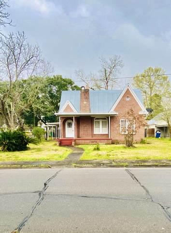 326 E Hutchinson Avenue, Crowley, LA 70526 (MLS #20001164) :: Keaty Real Estate