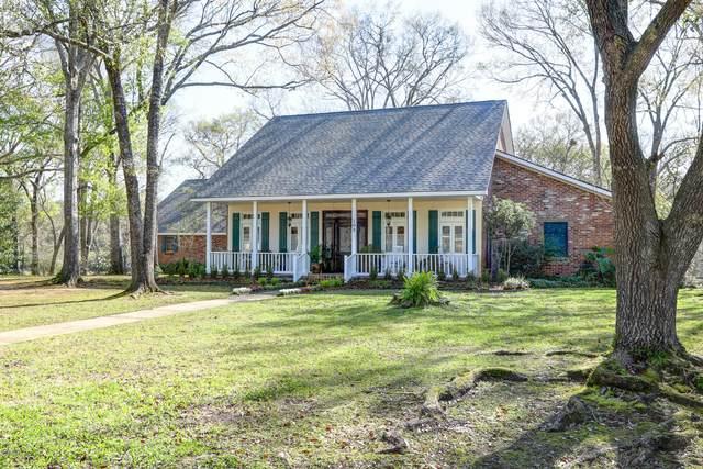 102 Tomahawk Trail, Lafayette, LA 70503 (MLS #20001918) :: Keaty Real Estate