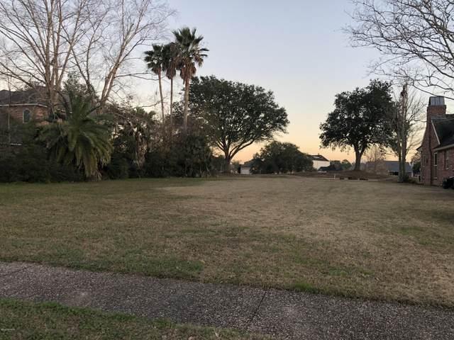 304 Spyglass Lane, Broussard, LA 70518 (MLS #20001942) :: Keaty Real Estate