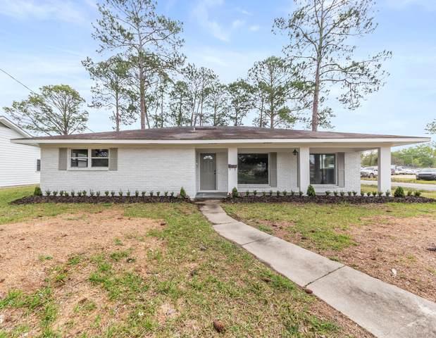 1102 Iris Avenue, Crowley, LA 70526 (MLS #20002273) :: Keaty Real Estate