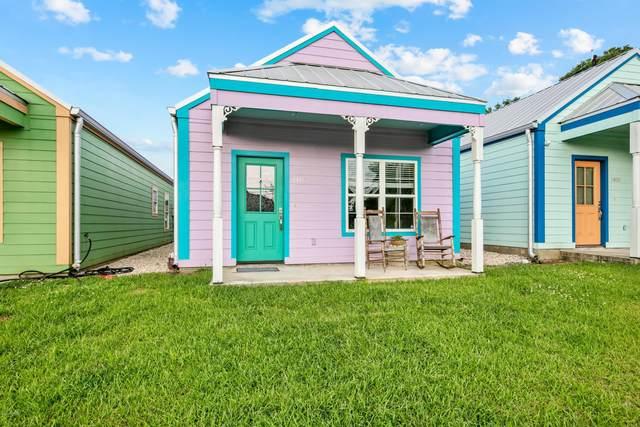 1402 General Mouton Avenue, Lafayette, LA 70501 (MLS #20003270) :: Keaty Real Estate