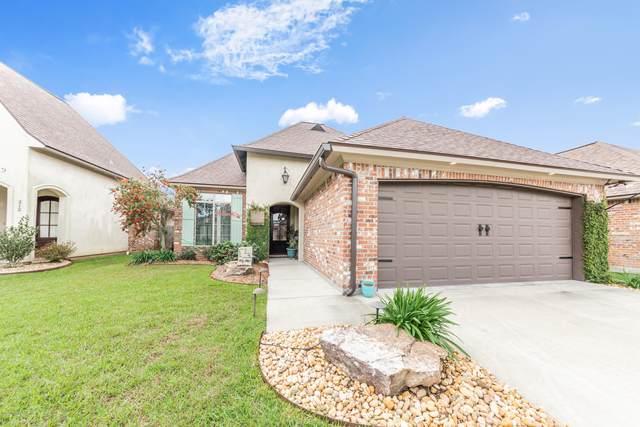 210 Bayou Parc Drive, Youngsville, LA 70592 (MLS #20003453) :: Keaty Real Estate