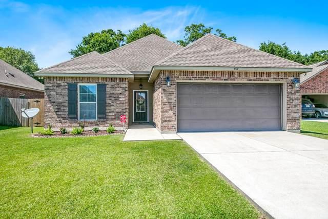 507 Flanders Ridge Drive, Youngsville, LA 70592 (MLS #20004382) :: Keaty Real Estate