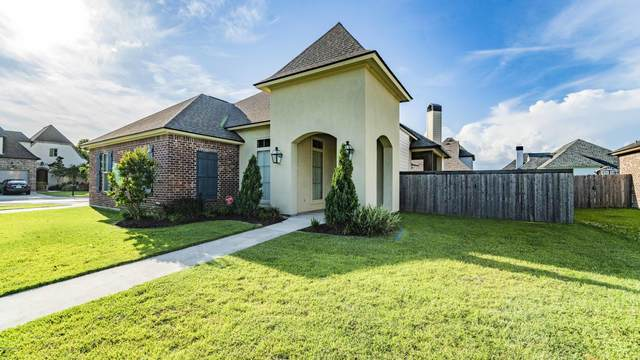 101 Cypress View Drive, Youngsville, LA 70592 (MLS #20004615) :: Keaty Real Estate