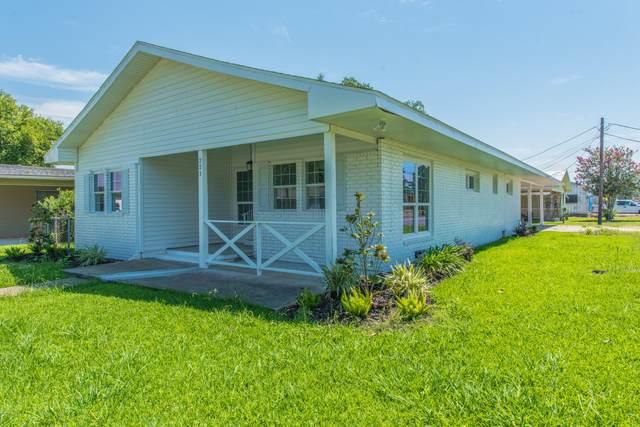 221 S Chevis Street, Rayne, LA 70578 (MLS #20005376) :: Keaty Real Estate