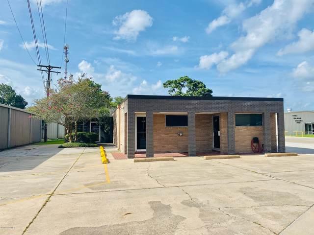 704 Eraste Landry Road, Lafayette, LA 70506 (MLS #20006860) :: Keaty Real Estate