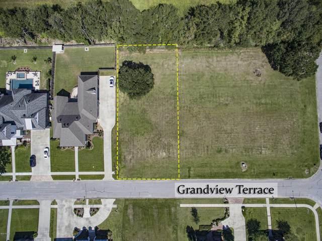 135 Grandview Terrace Drive, Youngsville, LA 70592 (MLS #20009063) :: Keaty Real Estate