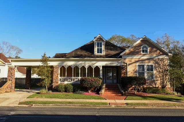 308 N State Street, Abbeville, LA 70510 (MLS #20010744) :: Keaty Real Estate