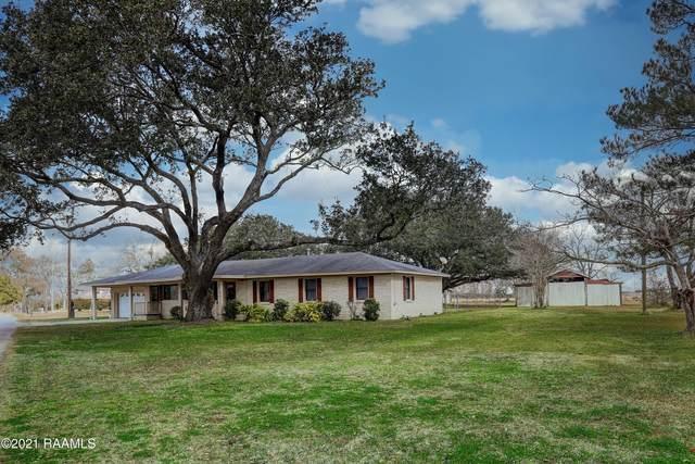319 Bob Street, New Iberia, LA 70560 (MLS #21000640) :: Keaty Real Estate