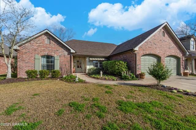 300 N Lakepointe Drive, Lafayette, LA 70506 (MLS #21000898) :: Keaty Real Estate