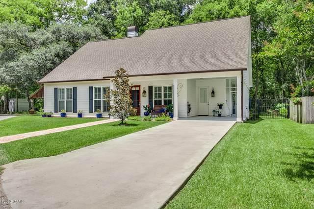 120 A W Bayou Shore Street, Lafayette, LA 70508 (MLS #21001964) :: Keaty Real Estate