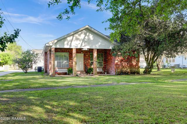 111 City Park Circle, New Iberia, LA 70563 (MLS #21002056) :: Keaty Real Estate